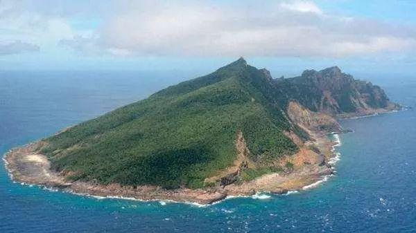 巡航钓鱼岛的中国海警船 日本人要这样对付你们
