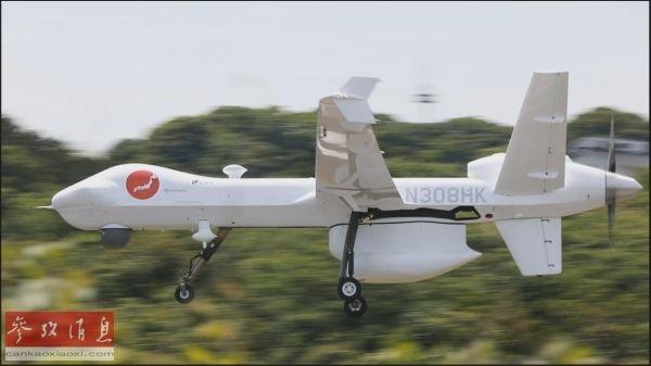 """资料图片:图为在壹岐机场进行试飞的""""守护者""""大型无人机。(日本《朝日新闻》网站)"""