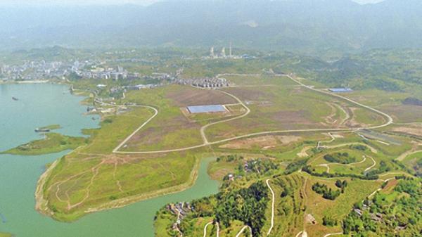 自然保护区被工业园侵占5045亩 县委书记等被约谈