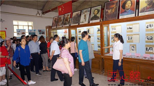 昌吉市第七中学组织团结亲戚结对小学开展一师资v亲戚民族图片