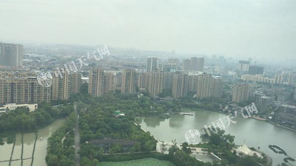 湘鄂苏皖等地有大到暴雨 华南闷热持续