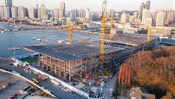 2017年12月4日钢结构封顶