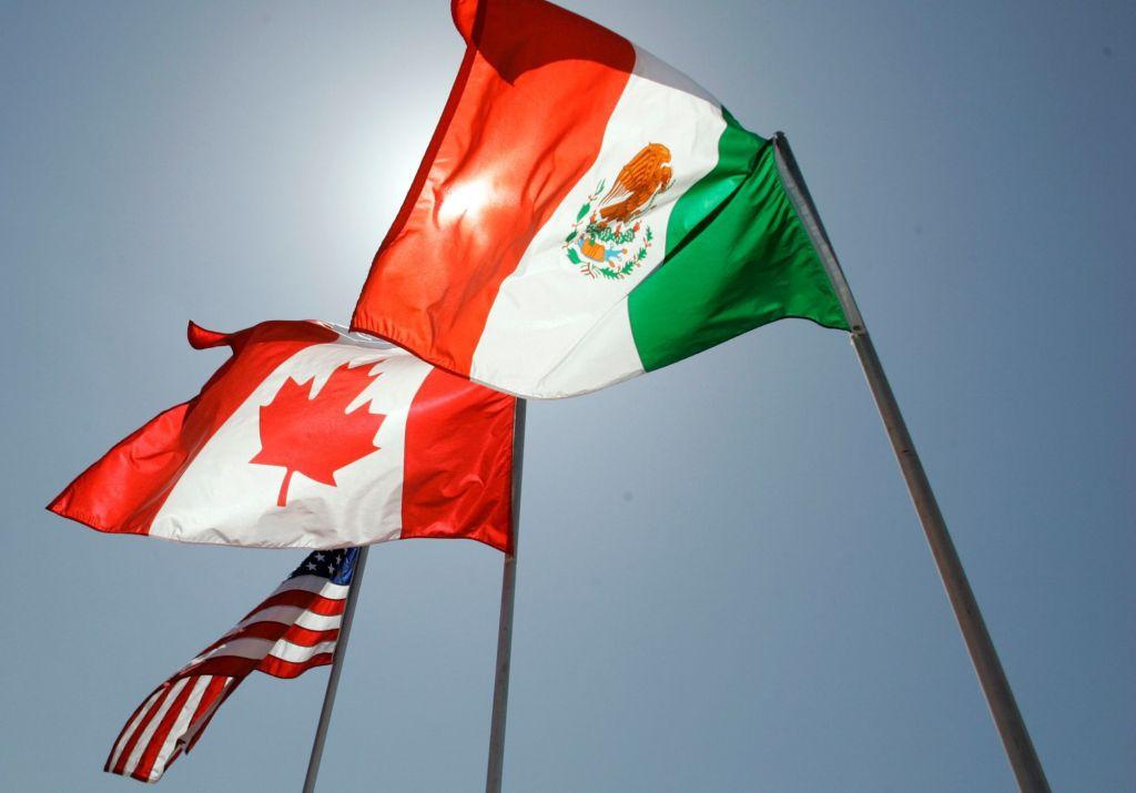 美是自由的象征_美墨加签署新的贸易协议 取代北美自由贸易协定