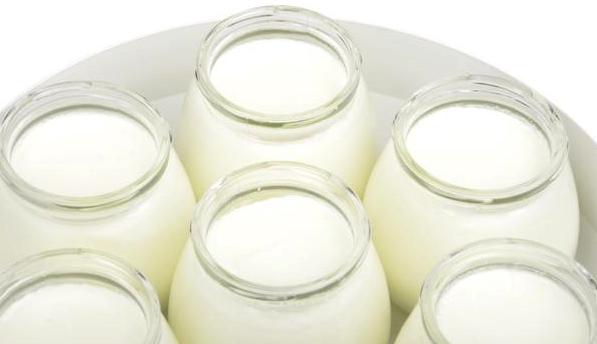 牛奶和酸奶哪个对血糖影响小?糖尿病人这样选