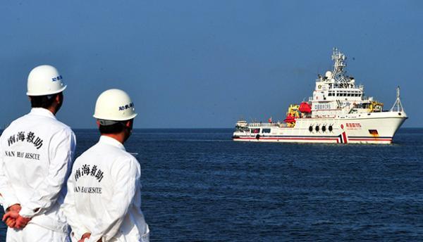 中方派救助船南沙待命 我外交部称海上救助不应缺位