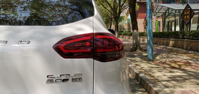 猎豹汽车新CS10惊喜面世,高驾值陪你一起追逐诗和远方
