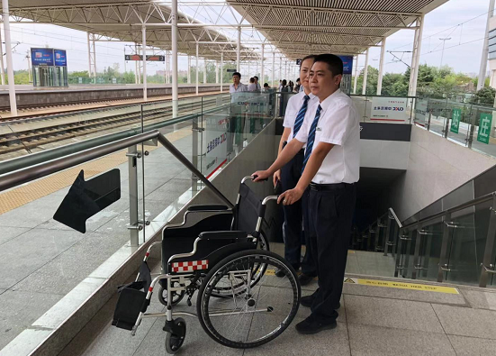 乘高铁途中昏厥,京沪高铁枣庄站全力救助患病乘客