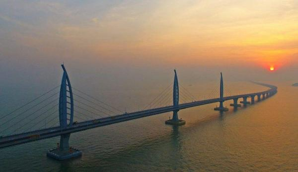 港珠澳大桥能否抗住17级台风山竹?香港官员回应