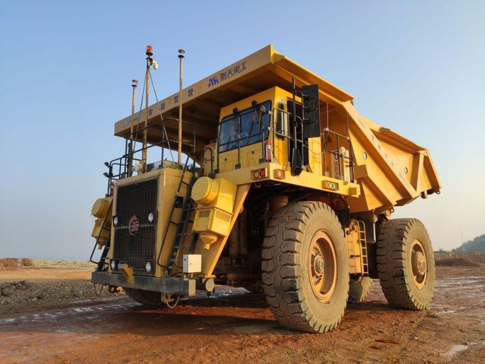 我国企业成功研制5G网络智能110吨无人驾驶矿用车