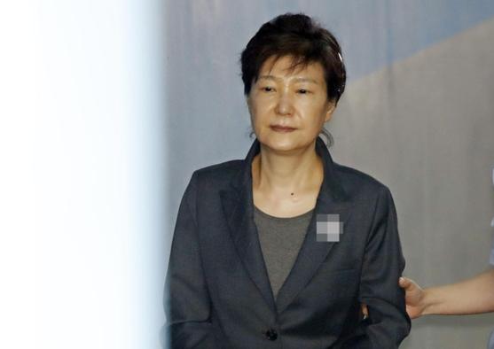 朴槿惠放弃上诉 百度热搜 图1