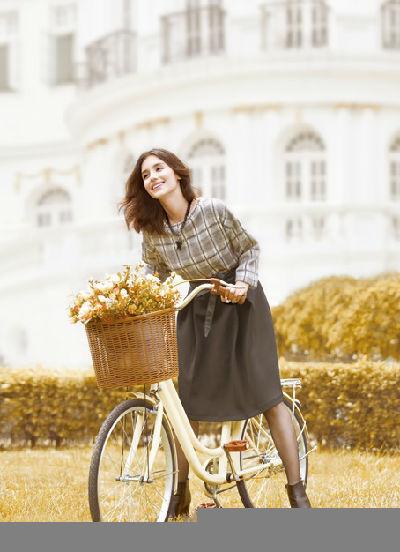 出海记|外媒:拉夏贝尔联手伙伴收购法国女装品