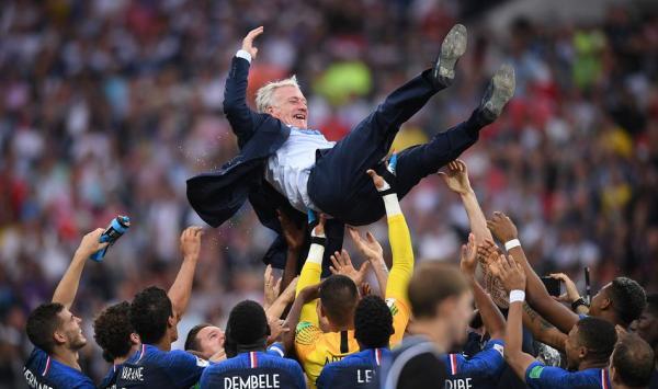 """""""铁腕""""德尚!开除本泽马那天,法国队的成功就注定了"""