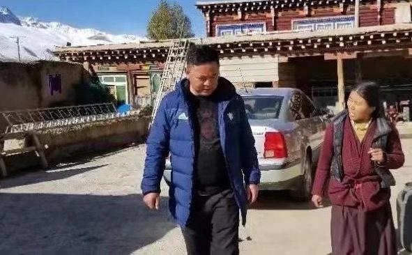 返岗途中遇车祸,四川甘孜一38岁派出所所长因公殉职