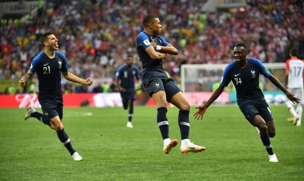 俄罗斯世界杯决赛打进了6个球,是52年来进球最多的一届决赛。