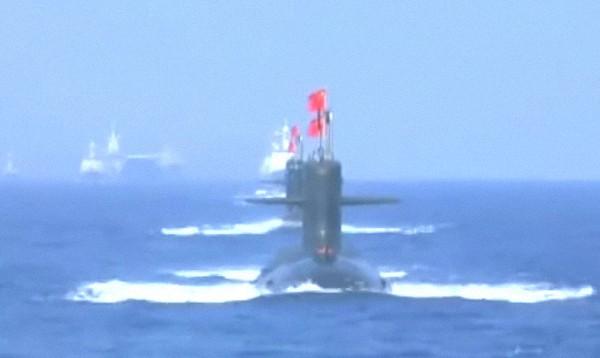 """水下""""蛟龙"""":新型攻击型核潜艇。"""