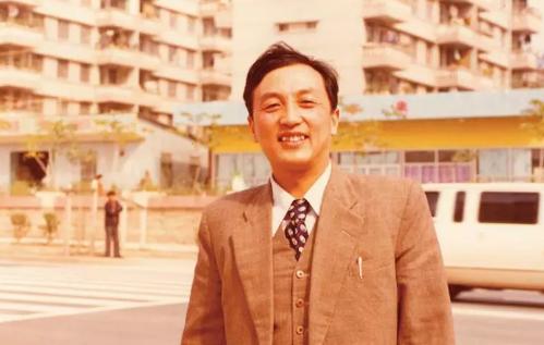 1984年底柳传志在深圳。来源:被访者供图