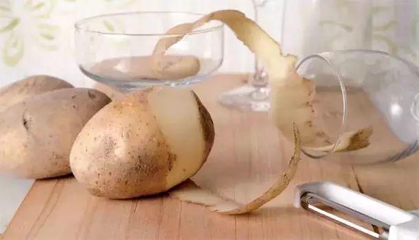 东方美食网剥鸡蛋、剥板栗、剥水果……5秒搞定!这些方法