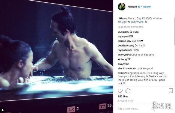 迪士尼《花木兰》刘亦菲幕后照曝光 与半裸男主共浴!