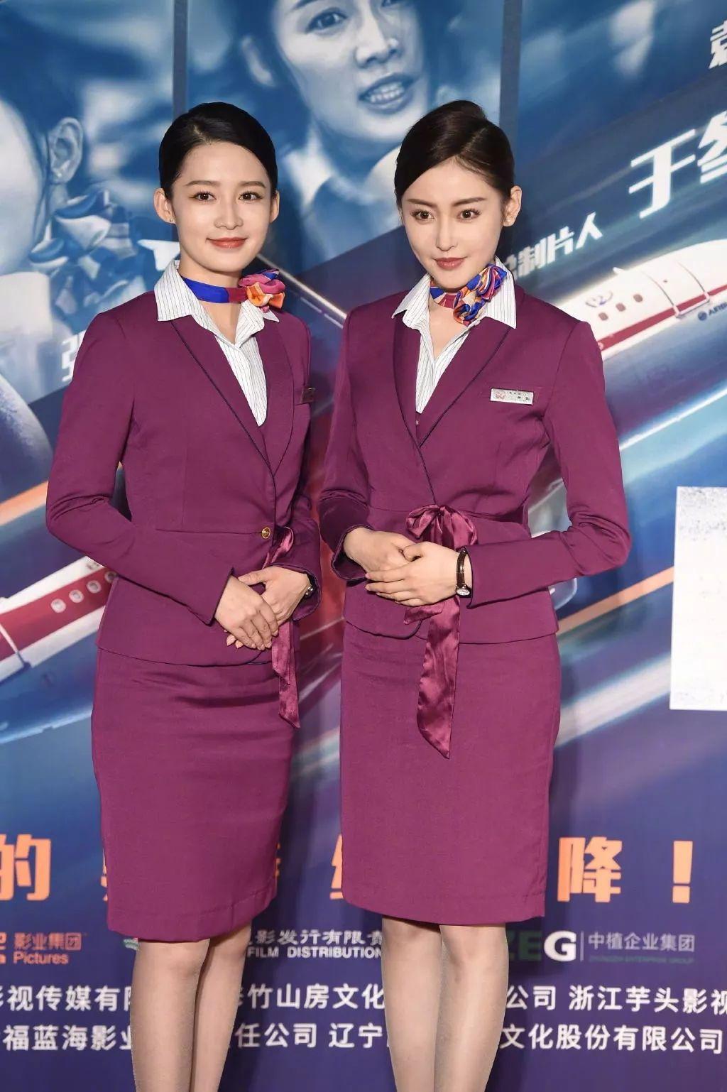《中国机长》首映礼,李沁、张天爱(摄影:王远宏)