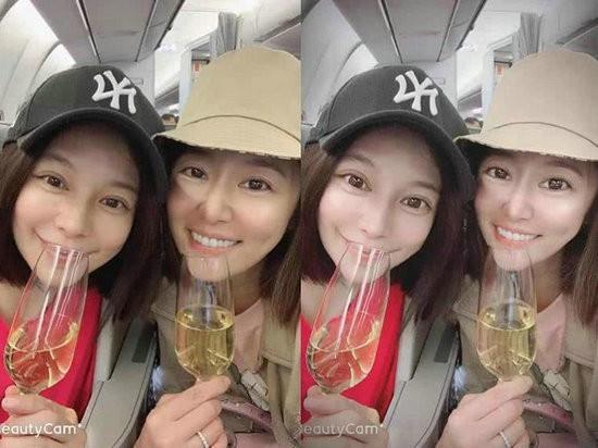 林心如徐若瑄品香槟自拍 粉丝喊话素颜更好看