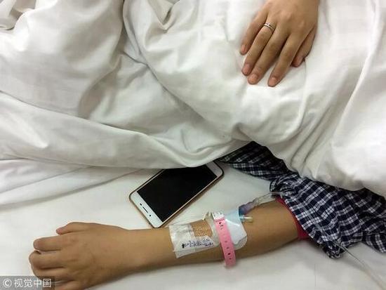 西安女孩乘坐網約車昏迷 / 視覺中國