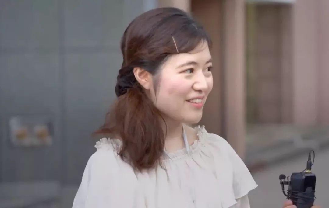 久赢提现 - 中秋节香港市民合唱国歌为祖国!