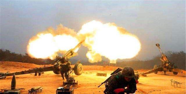 不仅印度,又一国袭击巴铁:巴铁炮兵整夜疯狂开炮,压制60个目标