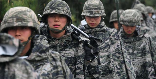 美军高层集体劝说没结果,文在寅态度强硬,韩日磋商再次无果而终
