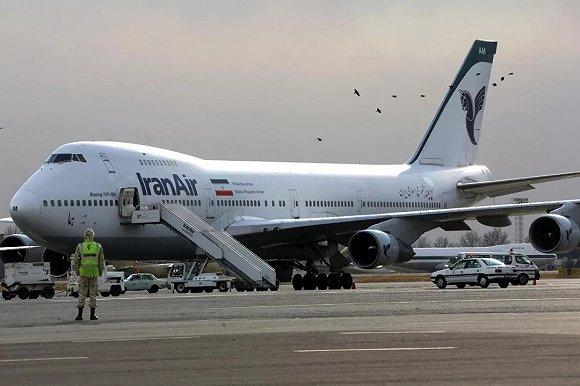 伊朗航空公司的一架波音747飞机在德黑兰的梅赫拉巴德国际机场。图片来源:AFP
