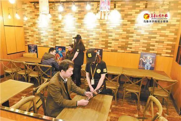 乌鲁木齐站美食街今起迎客啦!新疆特色快餐、川菜、湘菜总有一种感动你的味蕾