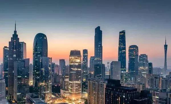 广州是连接过去和现在的中介点。