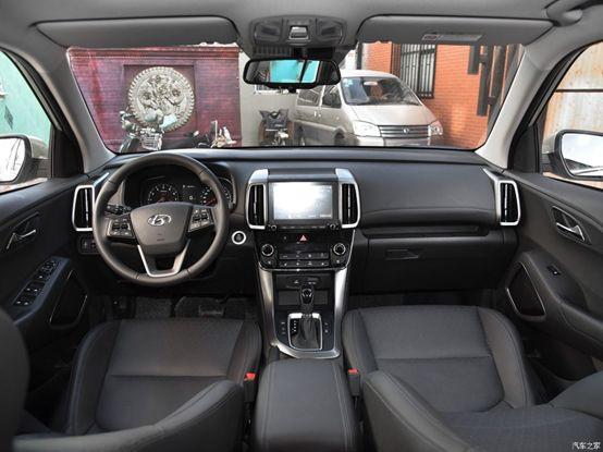 合资SUV空间不错,配置够高,最低只要11万多