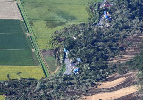 北海道地震致120伤32人失联 一周内或再现6级强震