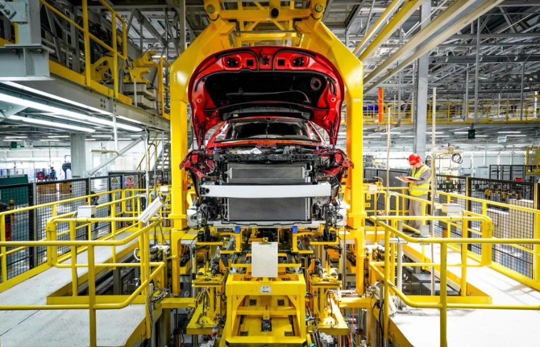 外观装配精度1毫米以内,解密奇瑞捷豹路虎常熟样板工厂