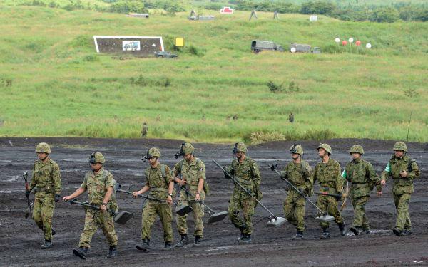 美媒:日本老龄化和人口减少加剧 兵源不足困扰日本自卫队