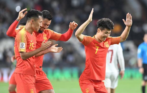 体坛联播|武磊肩伤无碍西甲登场国足集训队欧洲丢20球