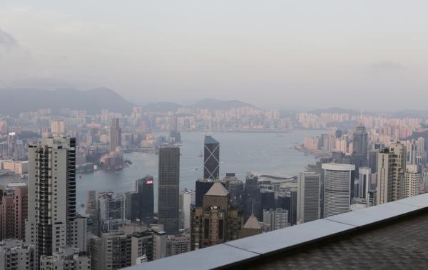 """香港是世界豪宅价格排行榜的""""亚军""""。 资料图"""
