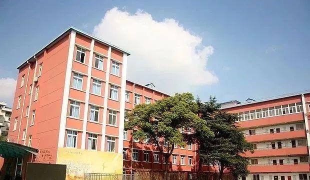 10上海市建平作文南校中学初中。春联图片