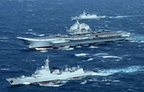 资料图片:中国海军辽宁舰航母编队.(图片来源于网络)