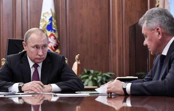 普京与绍伊古等主要官员召开会议,讨论报复美国退出《中导条约》措施