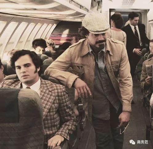 《复联男子图鉴:美队身材炸裂,锤哥爱带娃,钢铁侠年轻时帅哭…》