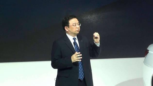 比亚迪王传福:智能汽车是长了腿