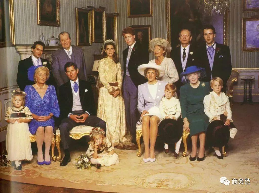 戴安娜侄女、哈里27岁表妹,这颜值和衣服婚礼上最抢镜!