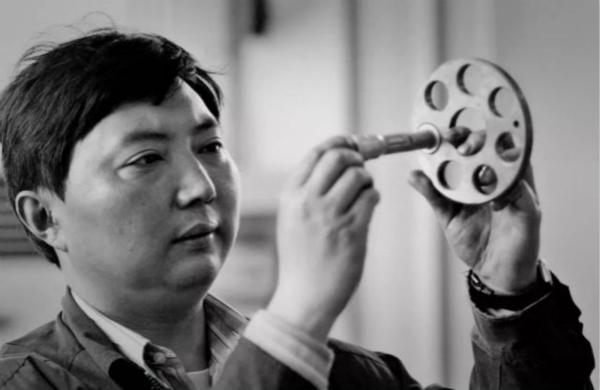 采访手记 劳模李斌的哪一句话,让记者解开了心结?