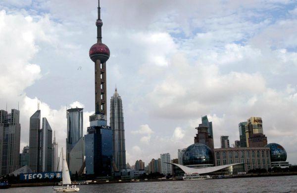 资料图:上海浦东陆家嘴金融贸易区。新华社记者张明摄