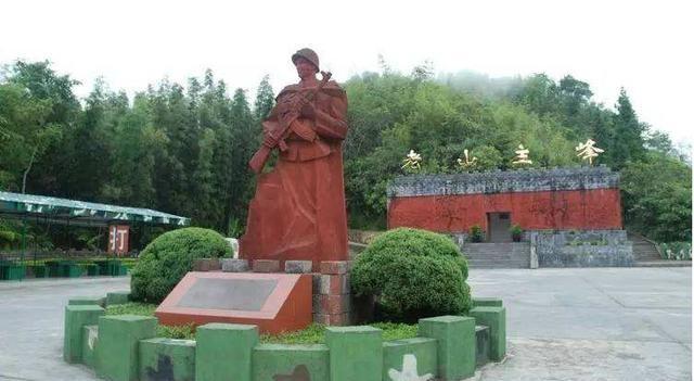 越战老兵回忆起崂山松茂岭的惨败 一些团几乎耗尽 许多尸体无法找到