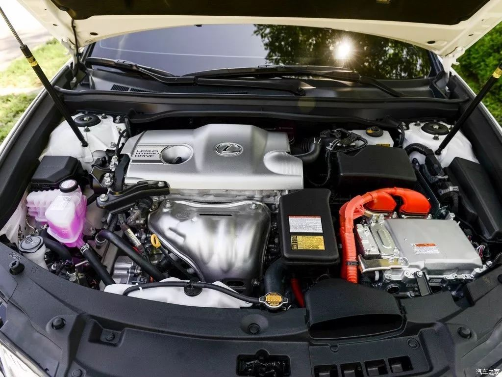 中大型车百公里油耗5L多,20多万还买什么凯美瑞!