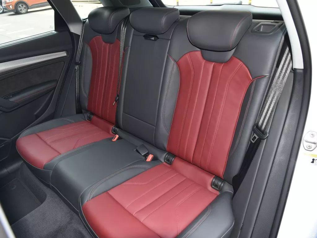 中型SUV国VI排放,现在优惠近6万,还带座椅加热