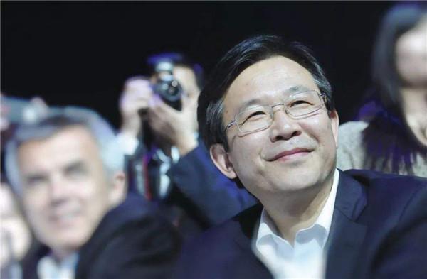 下载游戏就能赚钱的平台_安铁成调任中汽中心董事长 东风尚未公布接替人选