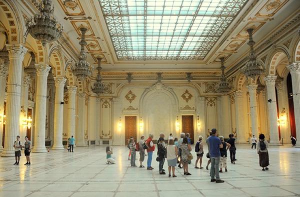 背包客评选欧洲最便宜旅行目的地,罗马尼亚首都夺冠